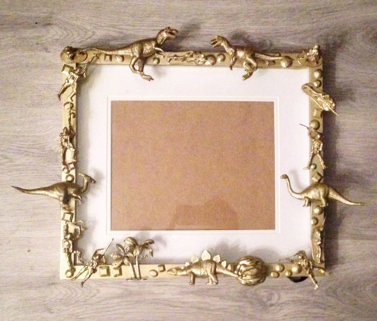 Dino soldiers pictureframe